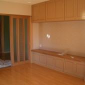 洋室の収納棚