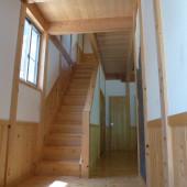 上階へ続く階段1