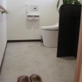 床面もタイルを使用せず、平らで掃除がしやすくなりました。