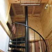 螺旋状の階段